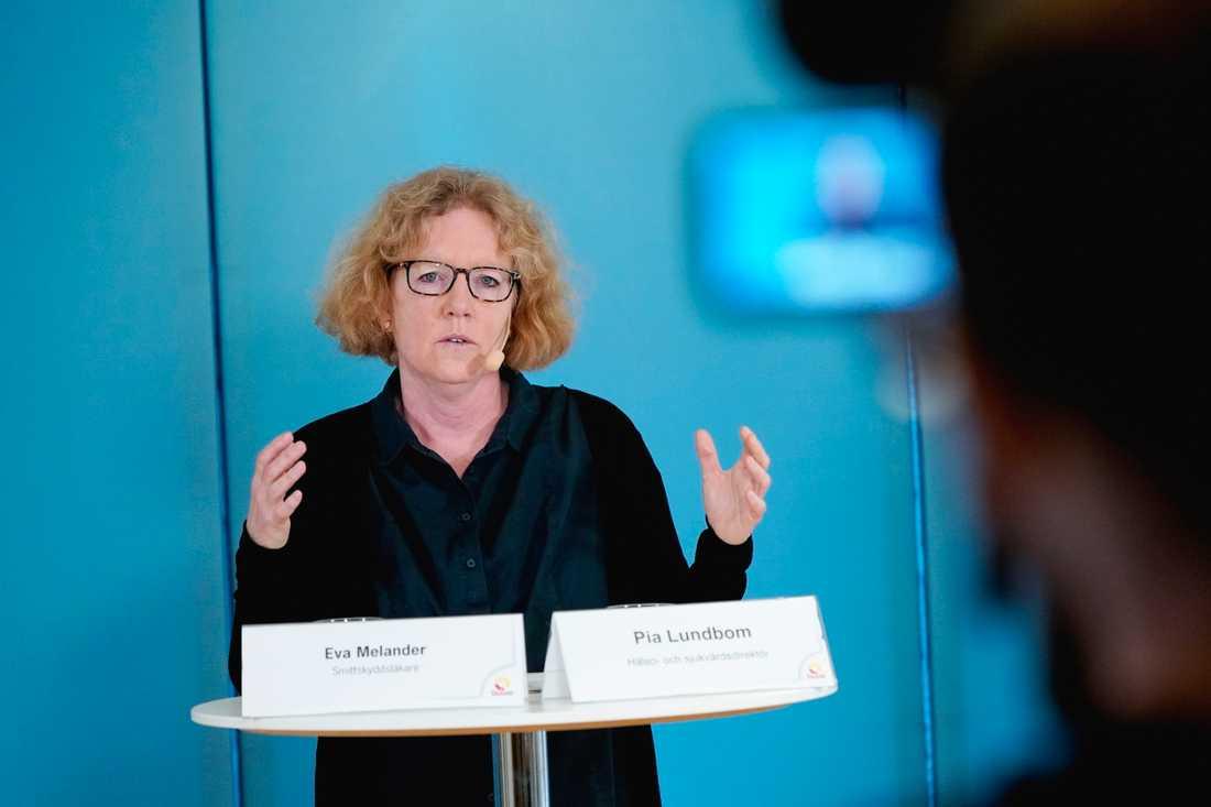 Eva Melander, smittskyddsläkare i Region Skåne, under onsdagens presskonferens.