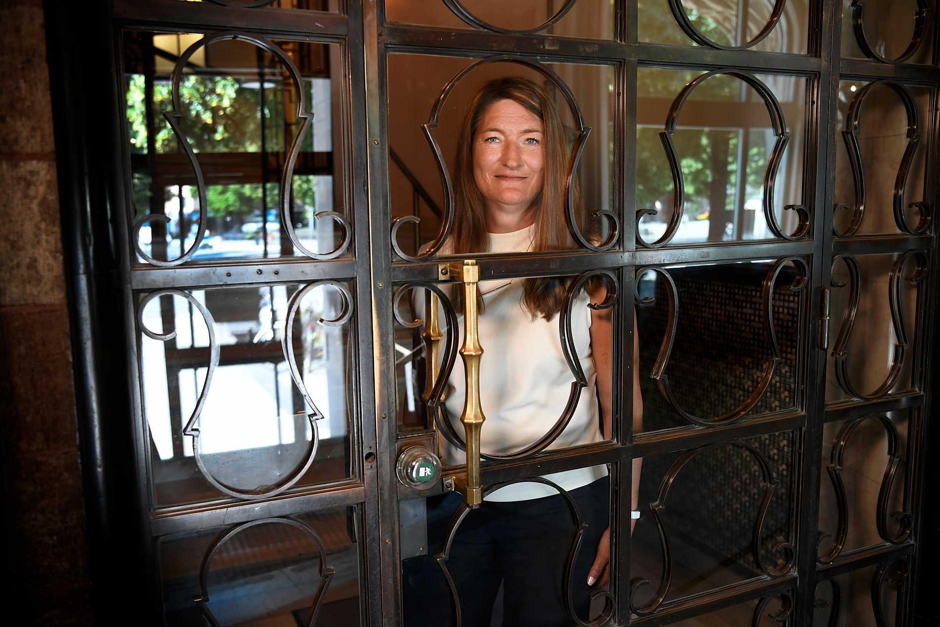 """""""Jag har aldrig gått i nåt första majtåg med mina föräldrar, jag har inte fått det med modersmjölken,"""" säger Susanna Gideonsson."""