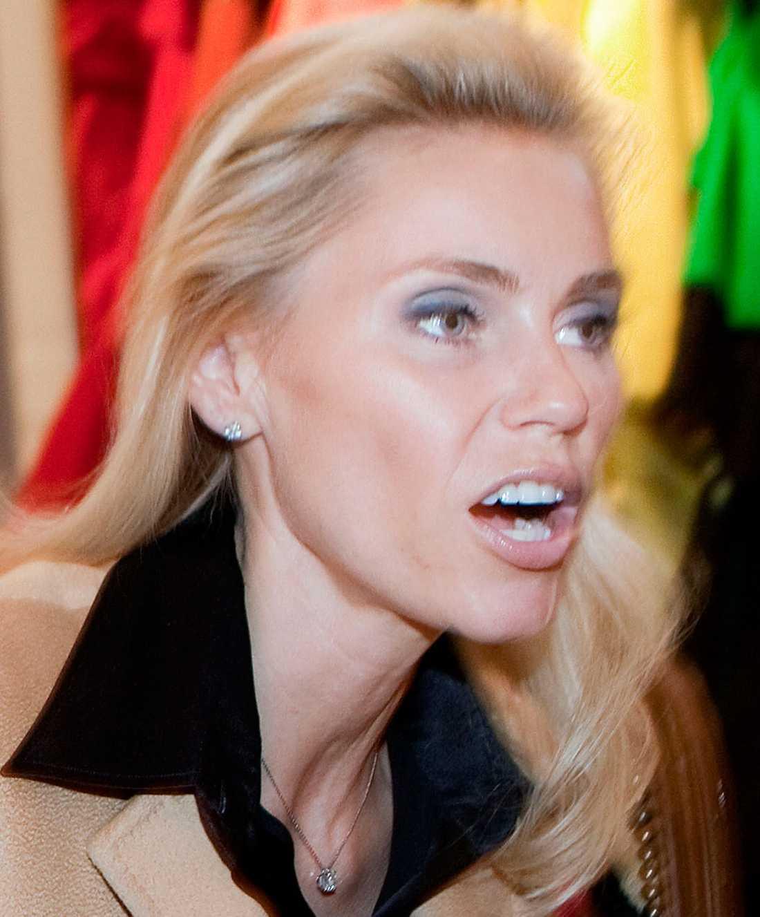 Anna Anka hävdade att skilsmässouppgörelsen var falsk.
