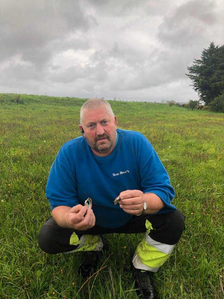 Henning vill att folk tar reda på sina aluminiumburkar istället för att kasta dem i naturen.
