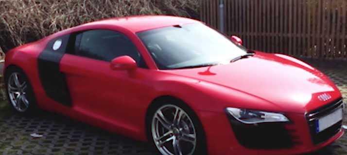 Bilen köpte för den del av vinstpengarna.