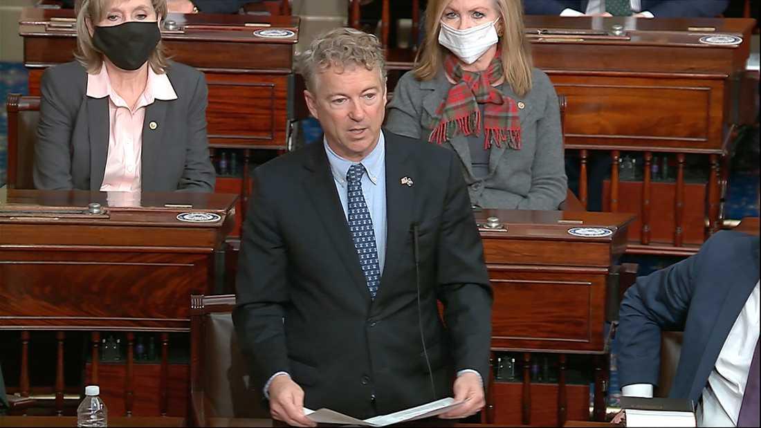 Republikanske senatorn Rand Paul lägger fram sin motion om att riksrättsåtalet ska kastas ut.