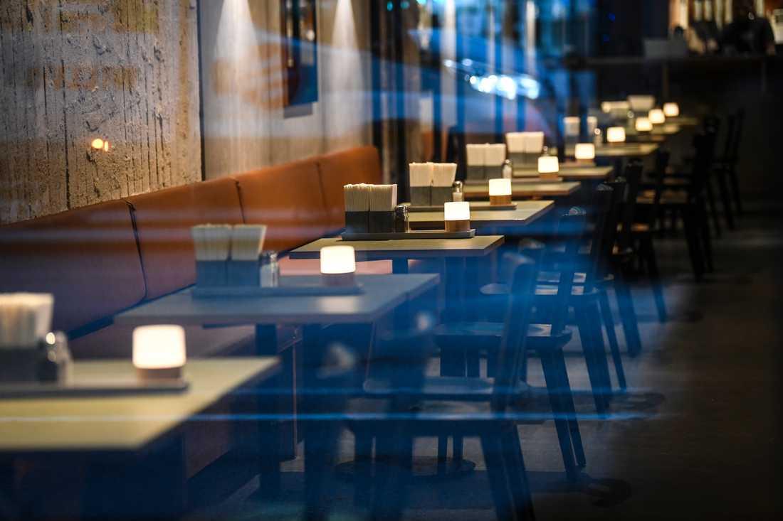 Restaurangbranschen är en av de branscher som drabbats hårt av smittskyddsrestriktioner under coronapandemin. I november märks åter en ökning av antalet konkurser i branschen, enligt UC. Arkivbild.