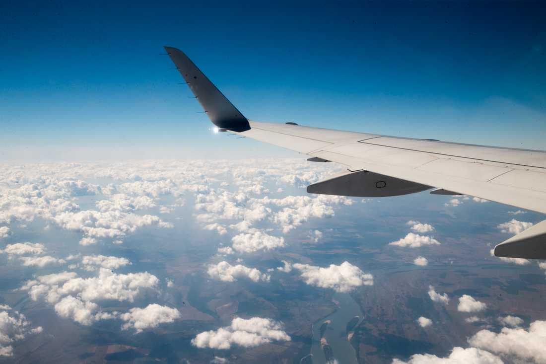 Ett polskt flygplan i luften. Arkivfoto.