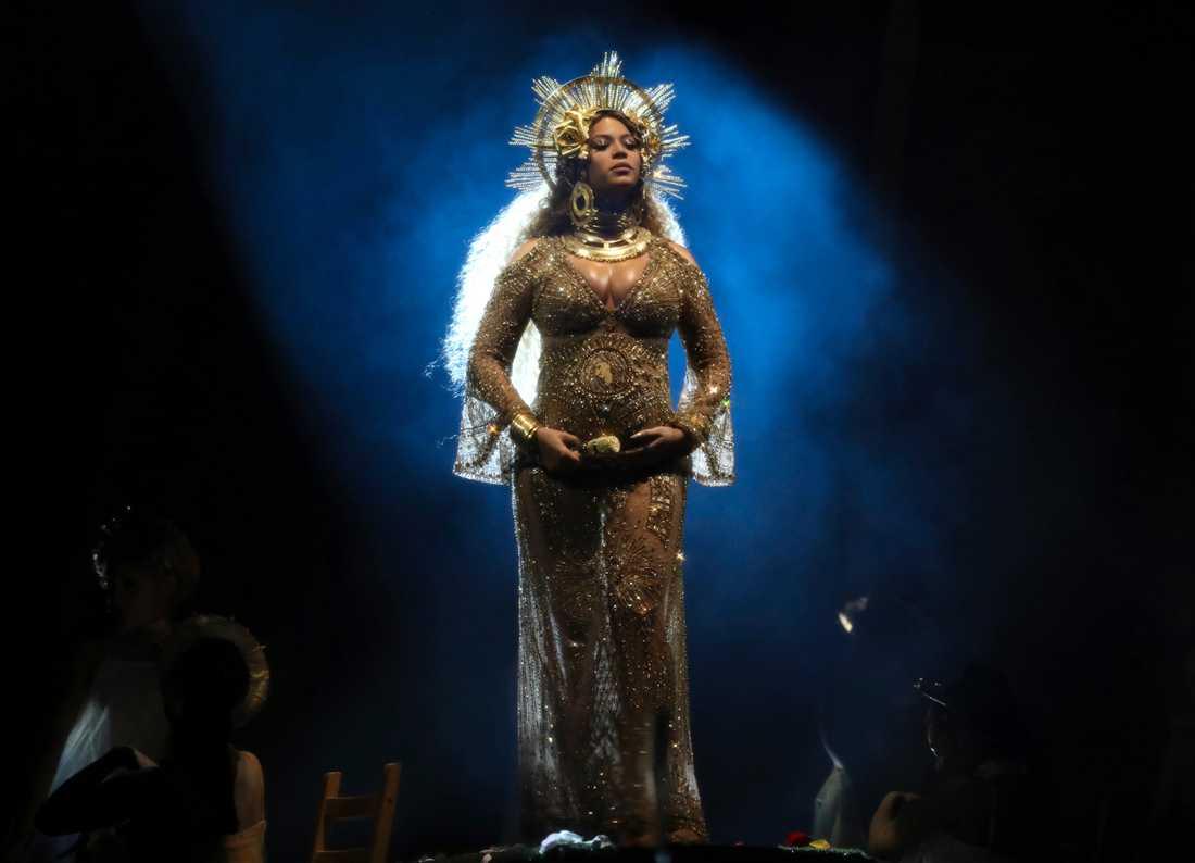 Beyoncé Knowles uppmanar sina fans att äta vegansk kost.