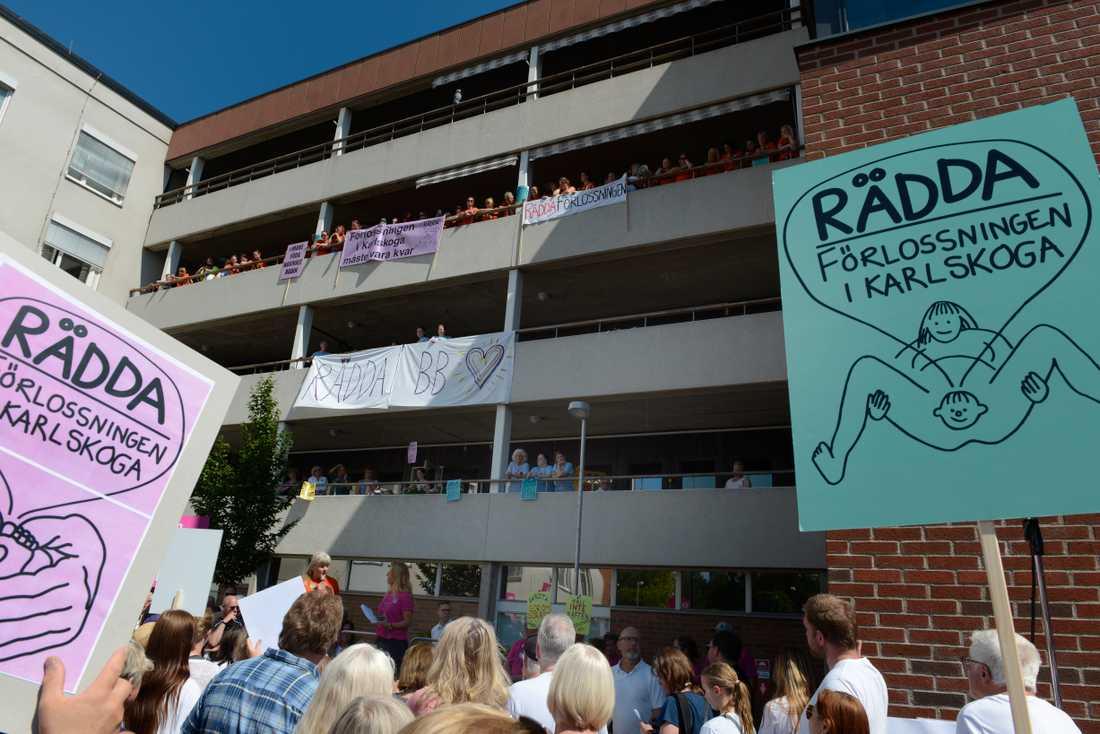 Tusentals demonstrerade mot beslutet att lägga ner BB i Karlskoga.