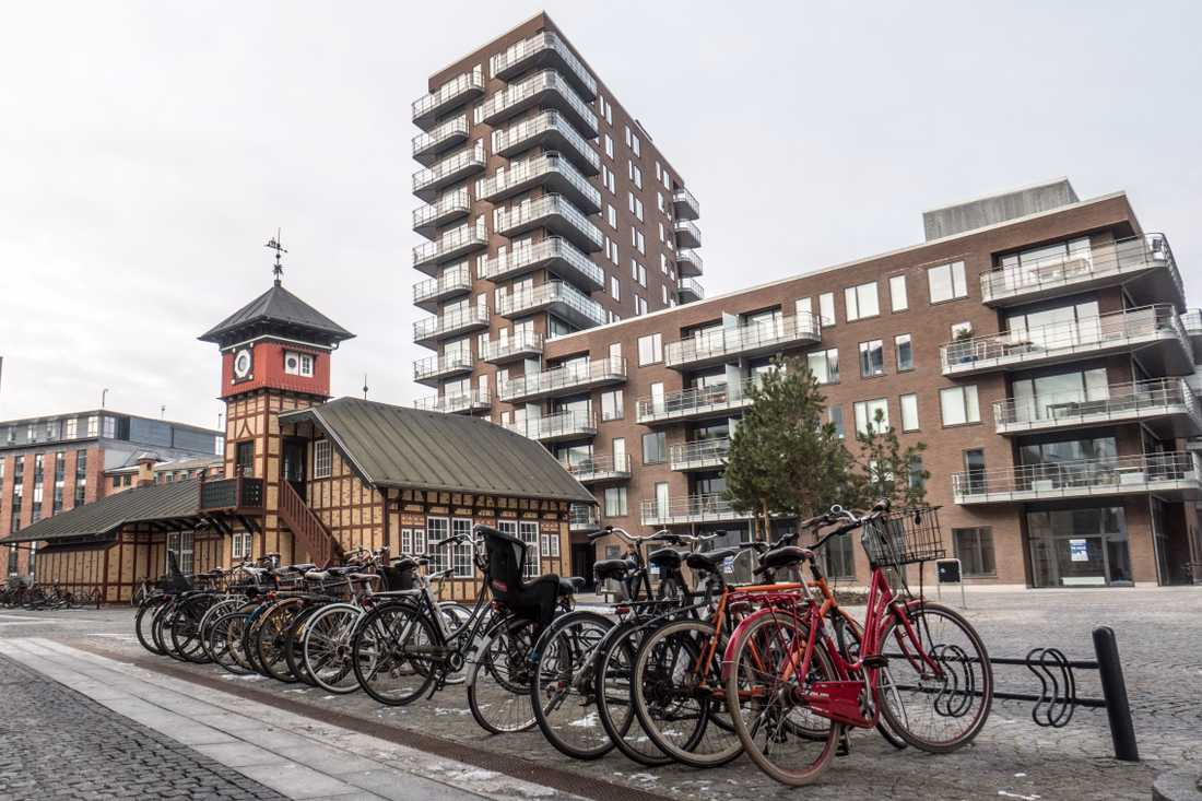 Många personer cyklar i Köpenhamn. Arkivbild.