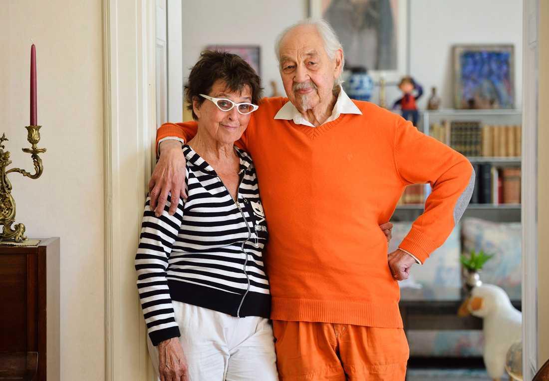Yvonne Lombard och Lennart Hellsing i samband med Lombards 85-årsdag,
