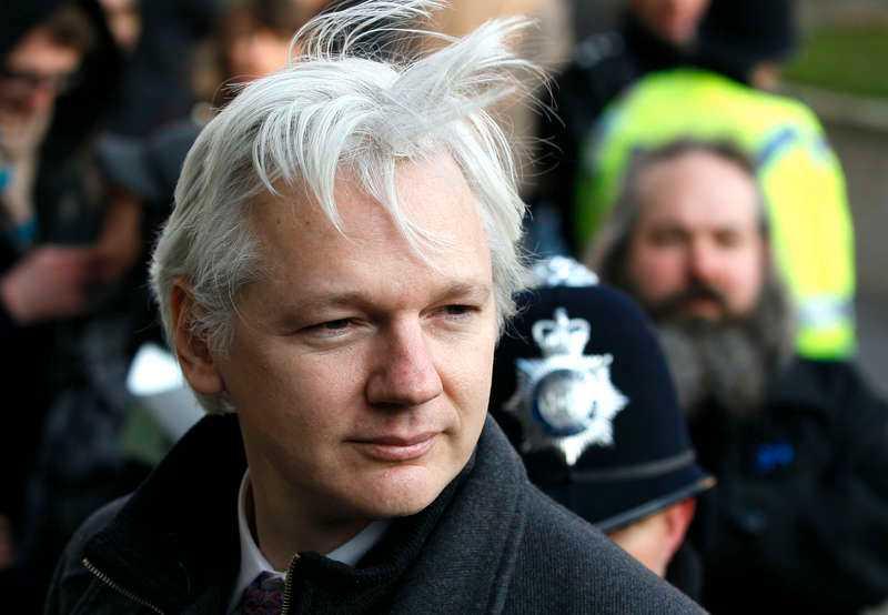 JULIAN ASSANGE. Wikileaks-grundaren har gjort allt för att slippa bli utlämnad till Sverige, men nu börjar hans valmöjligheter ta slut.