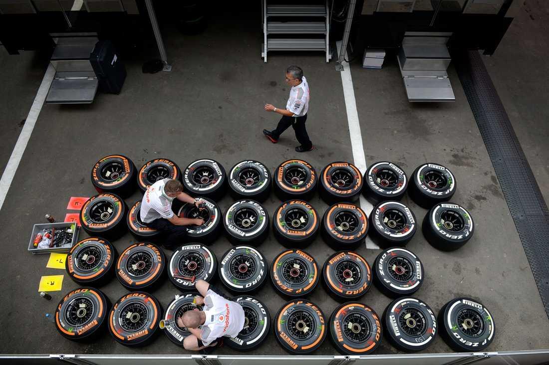 Pirelli som står för däcken i Formel 1 har varit i centrum i årets mästerskap.