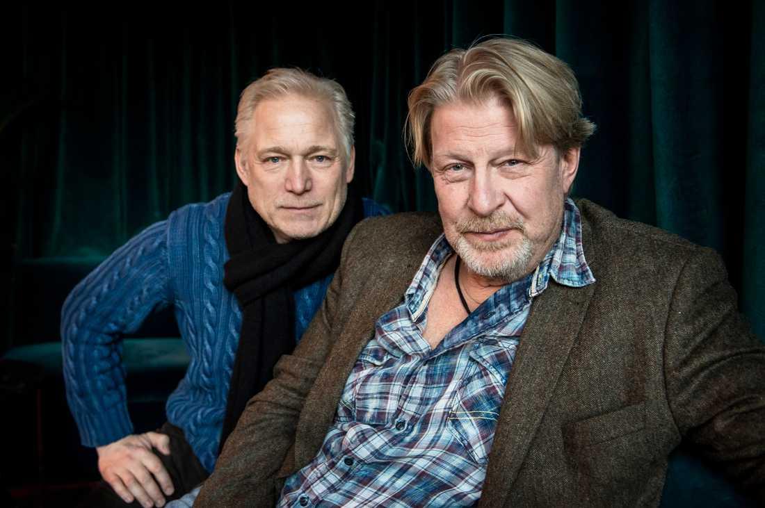 Regissören Hannes Holm och Rolf Lassgård.