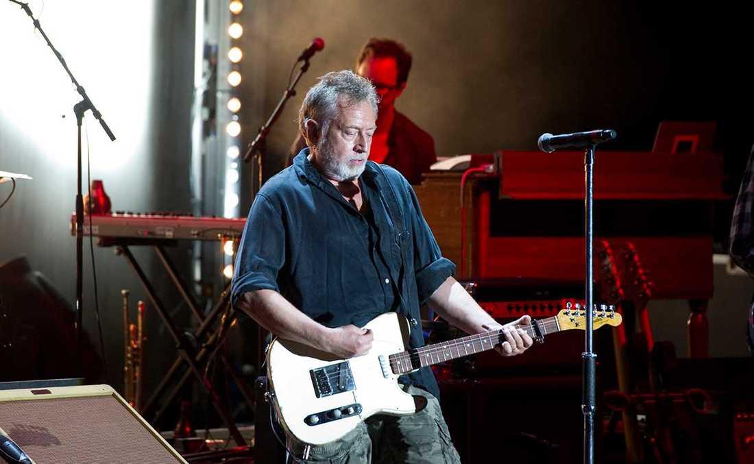 Ulf Lundells senaste är inte bara bra – men det som är det är alldeles för bra för att sångaren ska lägga av.