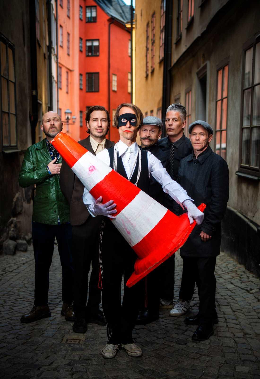"""Bob Hund är tillbaka med nya albumet """"0–100""""."""