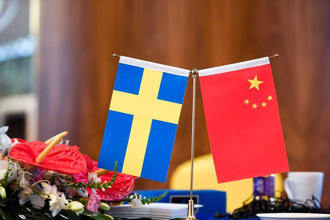 Sverige och Kina för diplomatiska samtal efter en händelse med en grupp kinesiska turister i Stockholm. Arkivbild