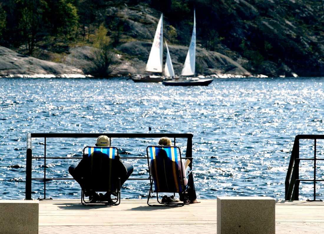 Lilla Essingen i Stockholm i gassande sol. Arkivbild.