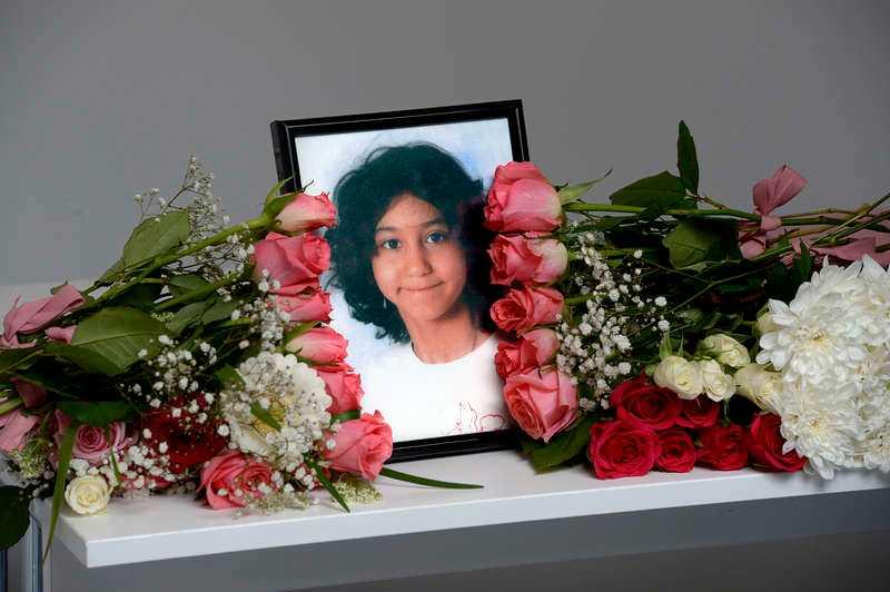 DÖD NÄR AMBULANSEN KOM Yaras vårdnadshavare ringde SOS på valborgsmässoafton och uppgav att de inte kunde få liv i den åttaåriga flickan. När ambulans kom till platsen var hon redan död.