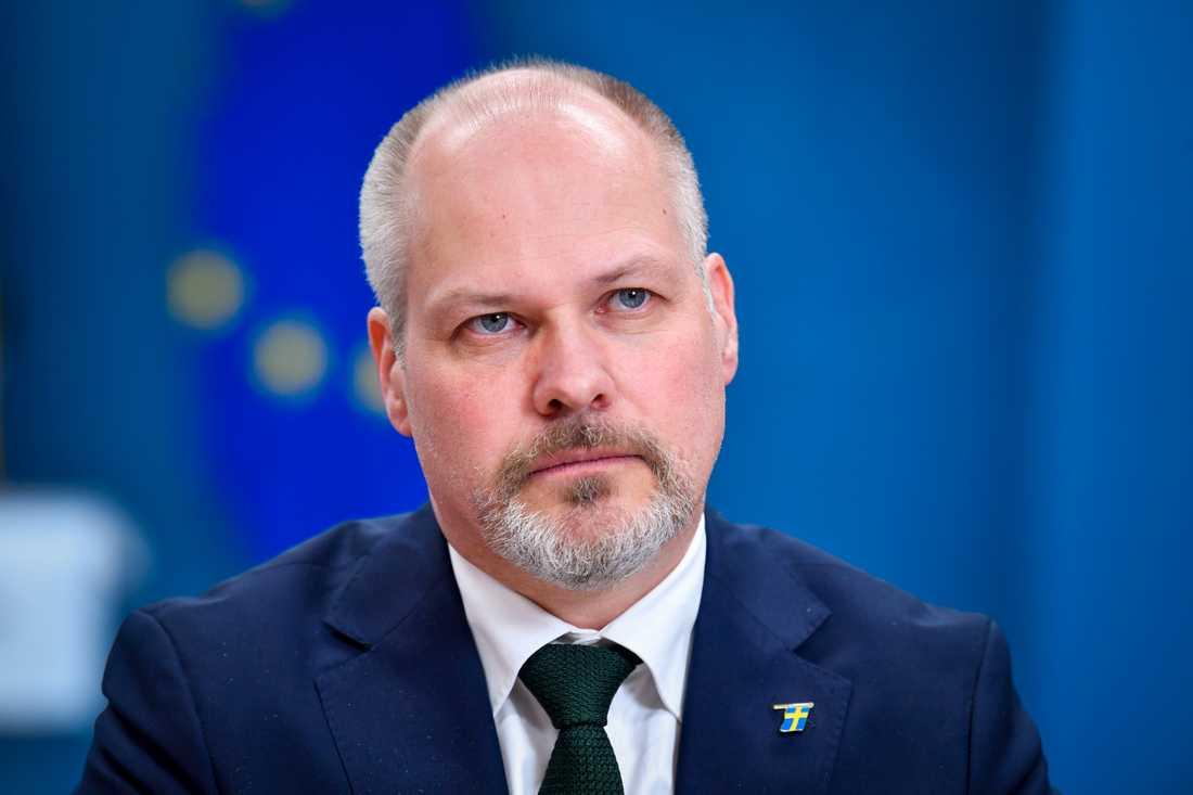 Justitie- och migrationsminister Morgan Johansson får klartecken, men med synpunkter, av Lagrådet på förslaget till ny migrationslagstiftning. Arkivbild.