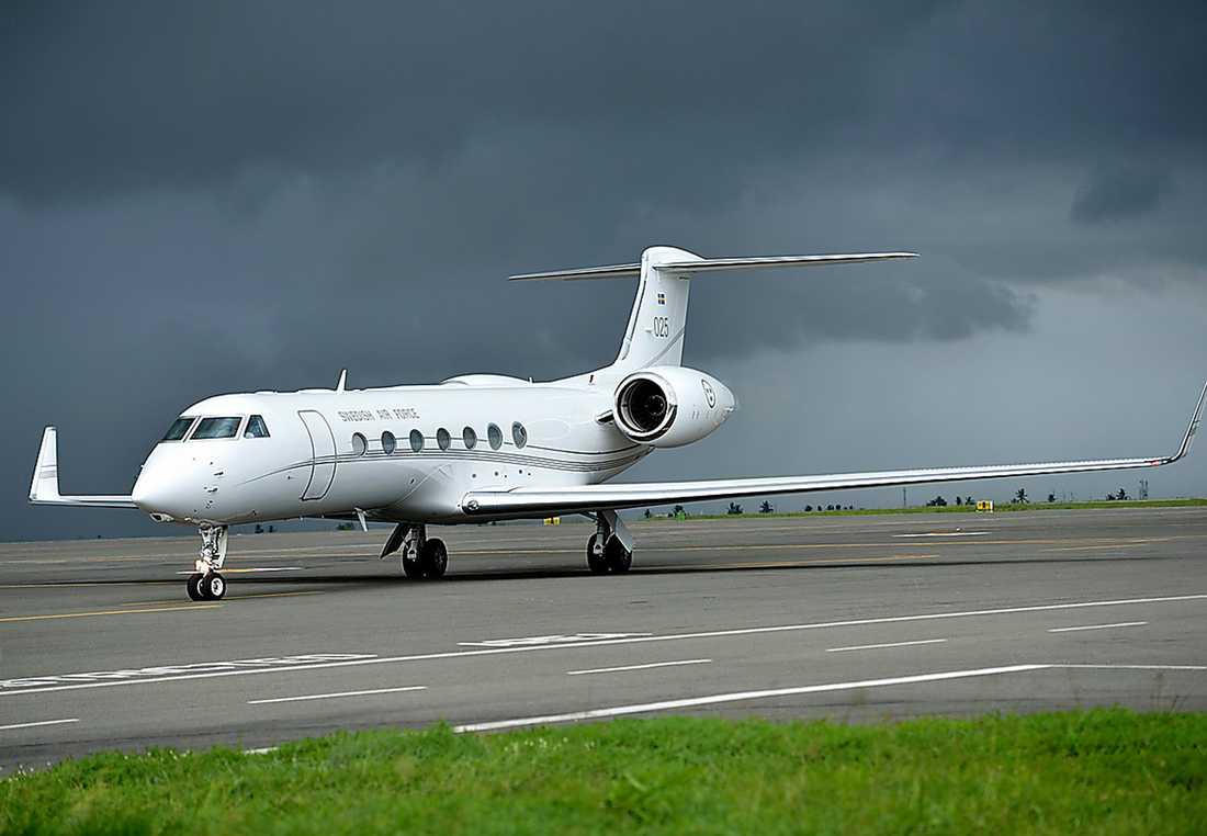 SUPERFLYGET Regeringsplanet en Gulfstream G550.