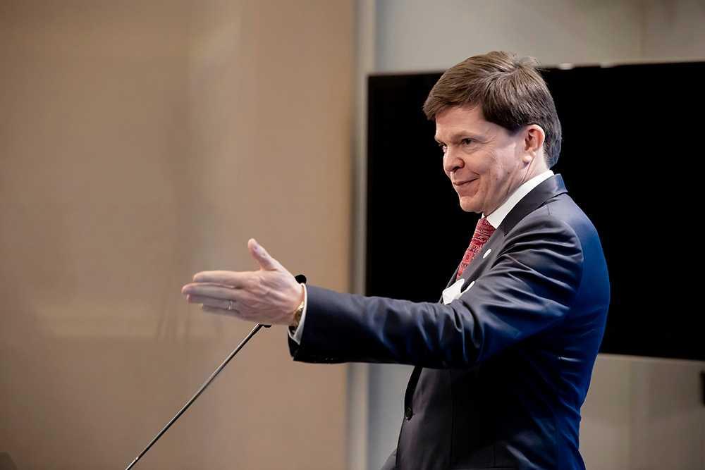 Talmannen Andreas Norlén har satt en deadline för regeringsbildningen. Annars blir det nyval.