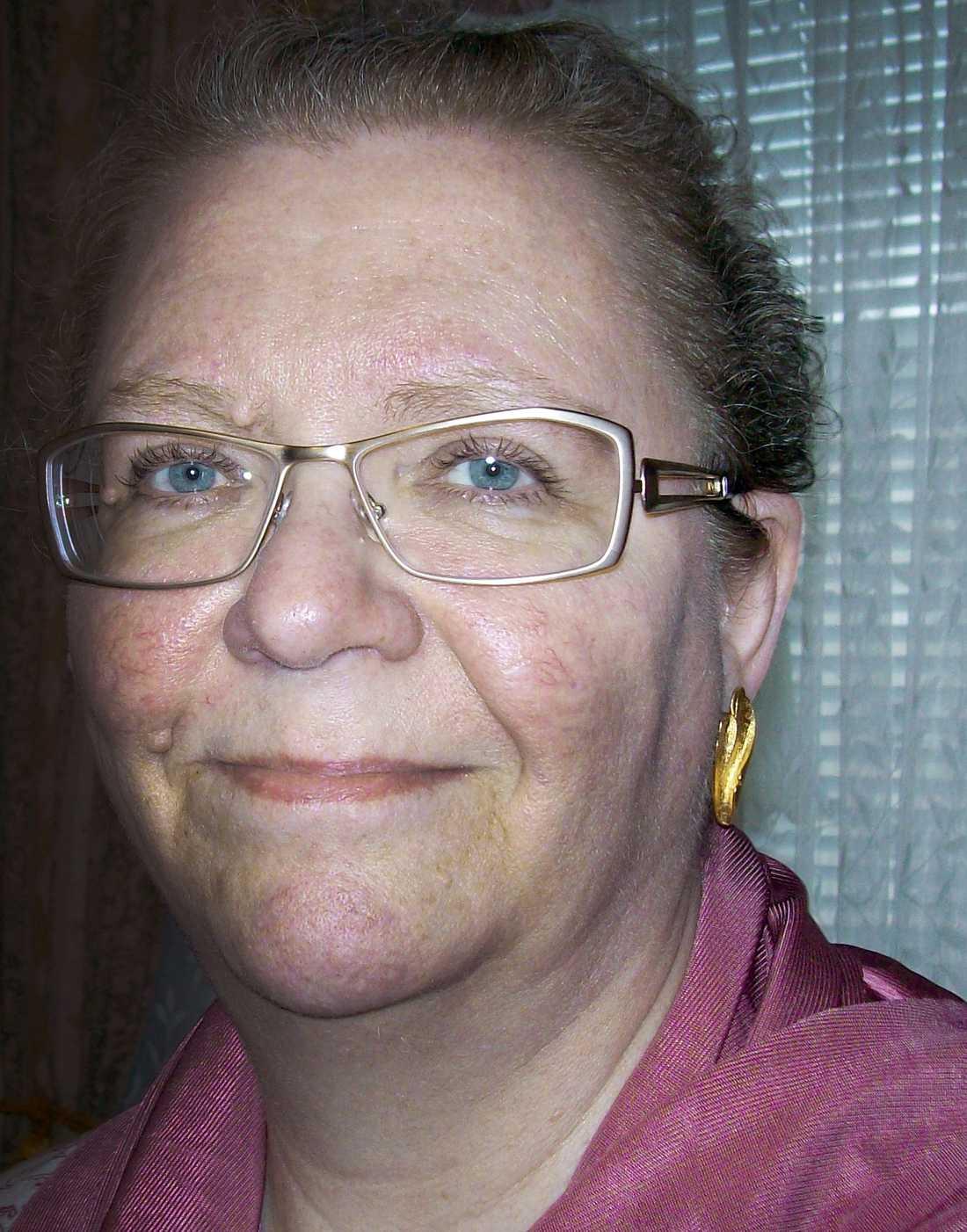 Birgitta Johannesson är doftöverkänslig, vilket gör att hon inte kan leva ett normalt socialt liv.
