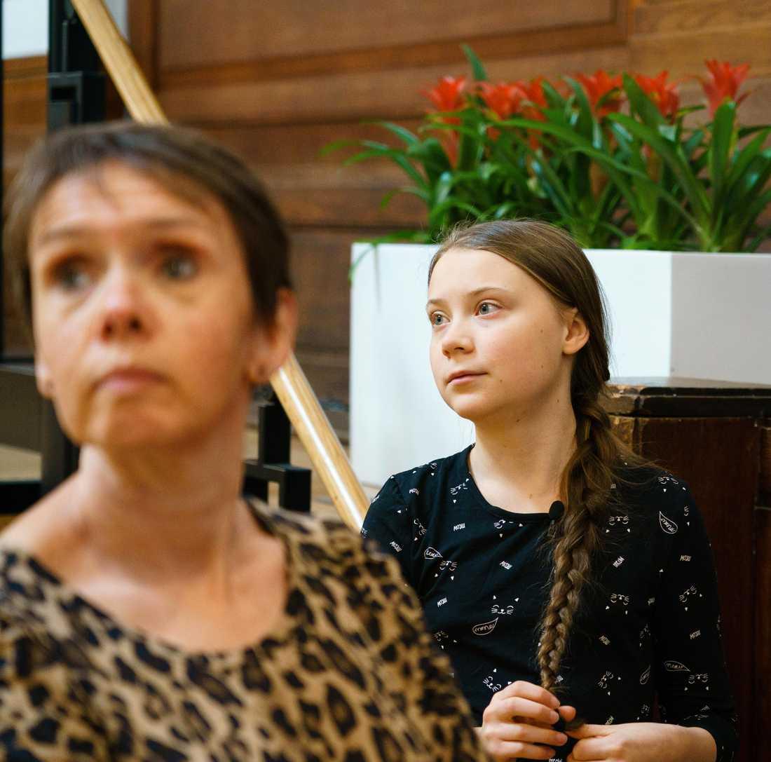 Greta Thunberg, under sitt tal på Friends House i London.
