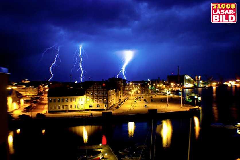 Hamnen i Landskrona i går kväll.