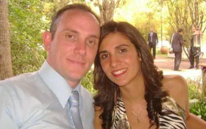Víctor Andrés Maroli (med sin flickvän).