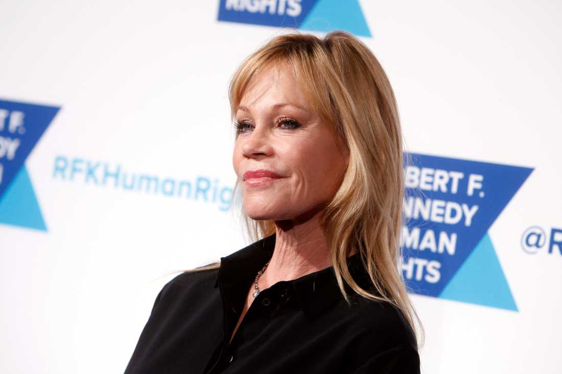 Melanie Griffith tog en powerwalk i Beverly Hills i lördags.