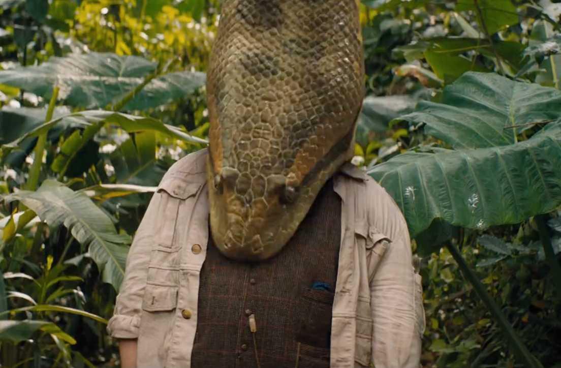 """Jack Black och en mycket stor orm i """"Jumanji: The next level""""."""