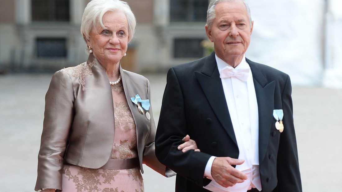 Ralf de Toledo Sommerlath med sin fru Charlotte de Toledo Sommerlath. I höst fyller Ralf 90 år. Först nu känner han att han kan berätta sanningen om familjens flykt.