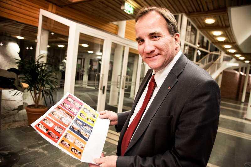 Tveksamt orange Stefan Lövfen vill först inte välja, men bestämmer sig till slut för det orangea alternativet i Sifos undersökning som Socialdemokraterna beställt.