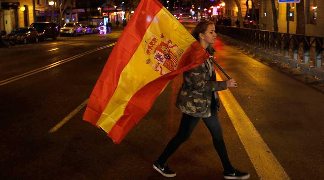 Efter sex månaders politiskt dödläge går Spanien i dag till nyval.
