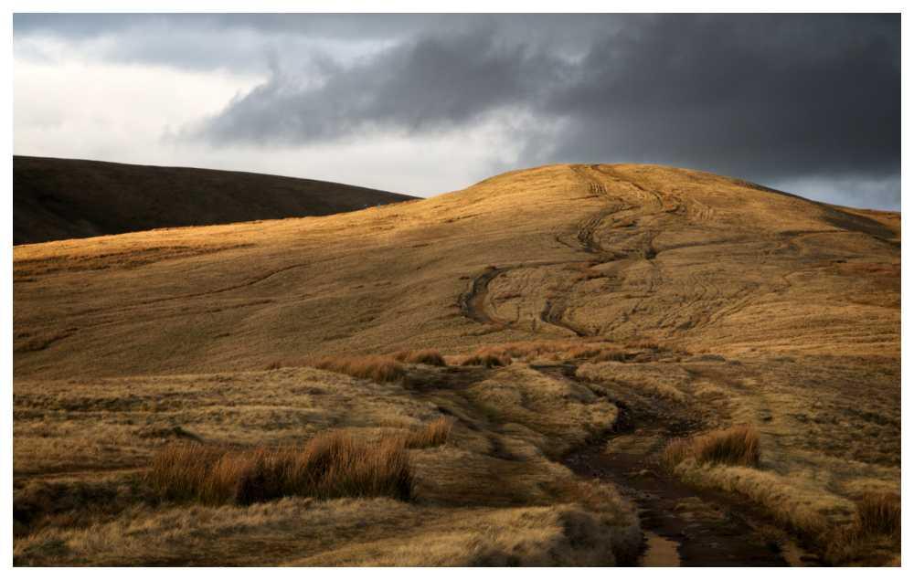 Häxkrafter och djävulsdyrkan sägs omgärda Pendle hill.
