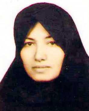 """""""HON HAR REDAN STRAFFATS"""" Domen, att Sakineh Mohammadi Ashtiani, 43, ska stenas, står ännu fast."""