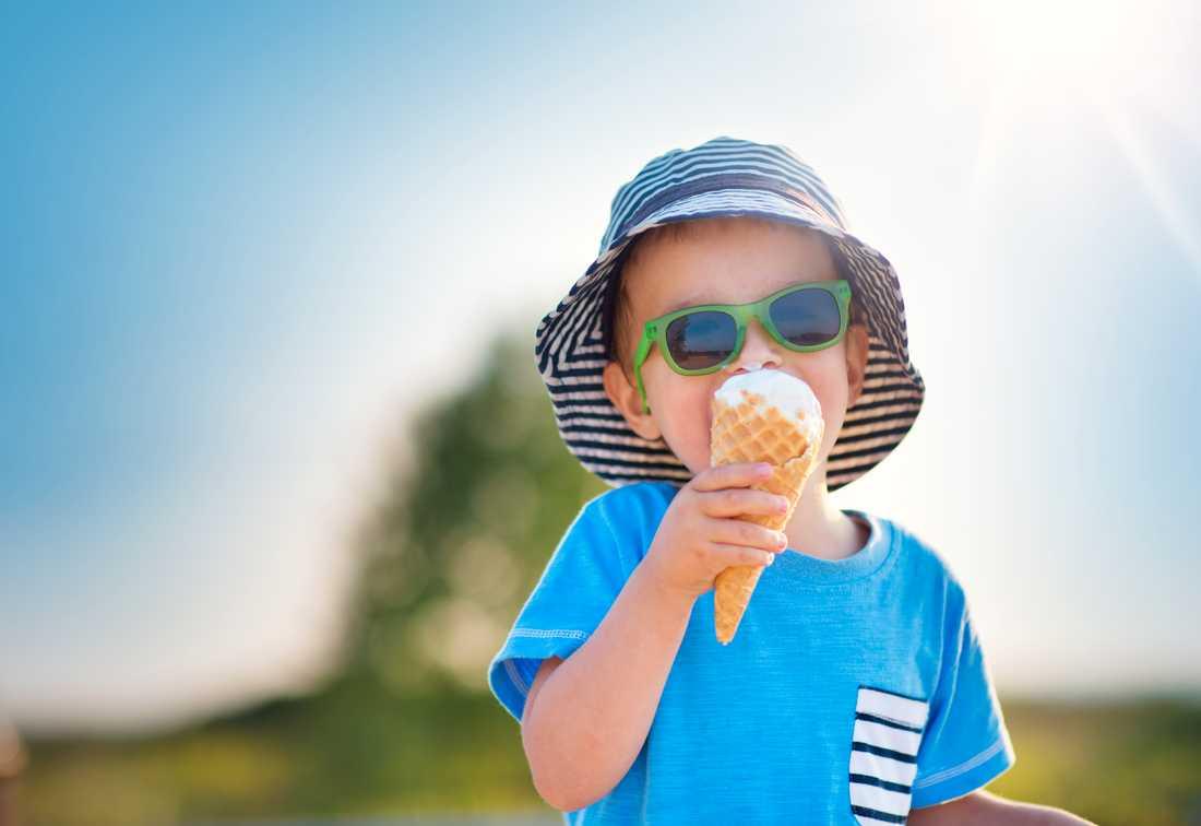 Allt du behöver veta om solskydd och barn.