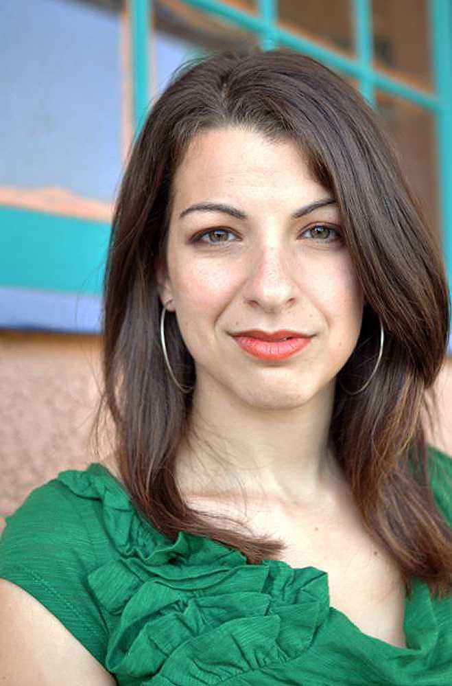 """Anita Sarkeesian ligger bakom den uppmärksammade Youtube-serien """"Tropes vs women in video games""""."""