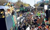 185?000 hyllade sitt landslag på gatorna i Johannesburg häromdagen.