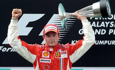 lägger av Enligt uppgift sluta Kimi Räikkönen att köra formel 1 om ett år.