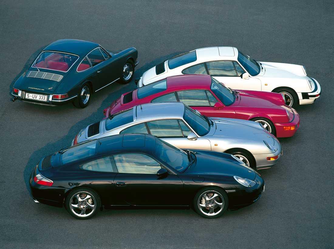 Fem generationer 911, från 1963 till 1997.