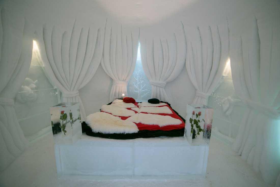 Den romantiska sviten är en av alla igloos i Iglu-Dorf.
