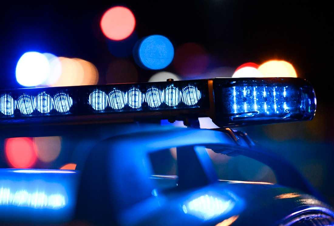 En kvinna har blivit överfallen av en man på en gångväg i Viksjö i Järfälla kommun. Arkivbild.