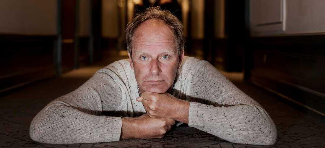 """John Ajvide Lindqvist, nu aktuell med """"X –den sista platsen"""", som är den avslutande delen i en trilogi."""
