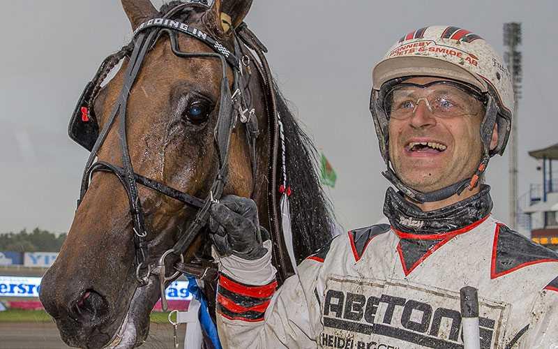 Boys Going In med Fredrik Persson går ut i V75-6, ett uttagningslopp till Derbyt.