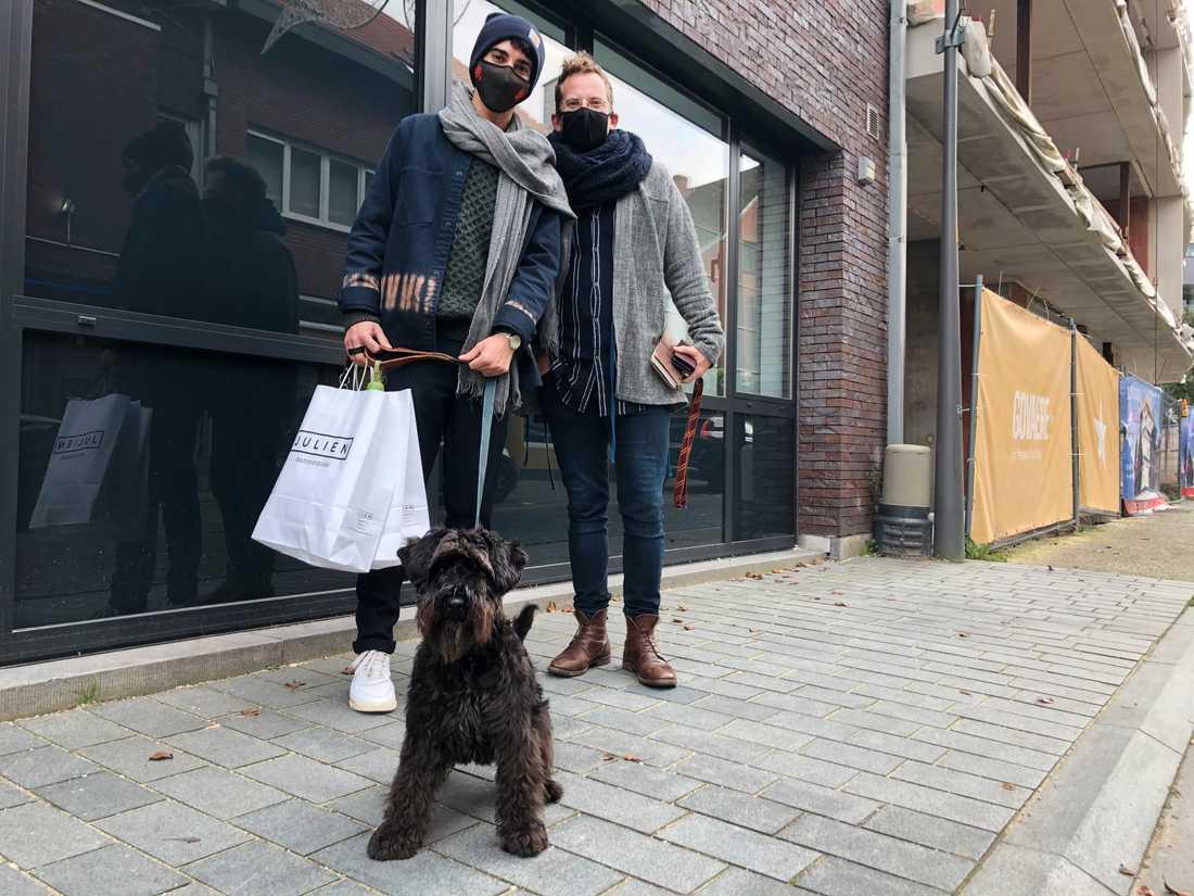 Puurs-borna Juul och Christophe och hunden Kabas har bara positiva omdömen om läkemedelsjätten Pfizers betydelse för staden.