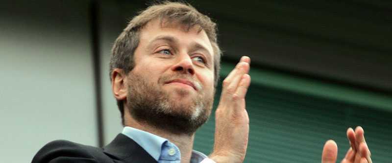 Stenrik Chelseas ägare Roman Abramovitj har lagt ut 4,2 miljoner kronor om dagen på sitt fotbollslag.