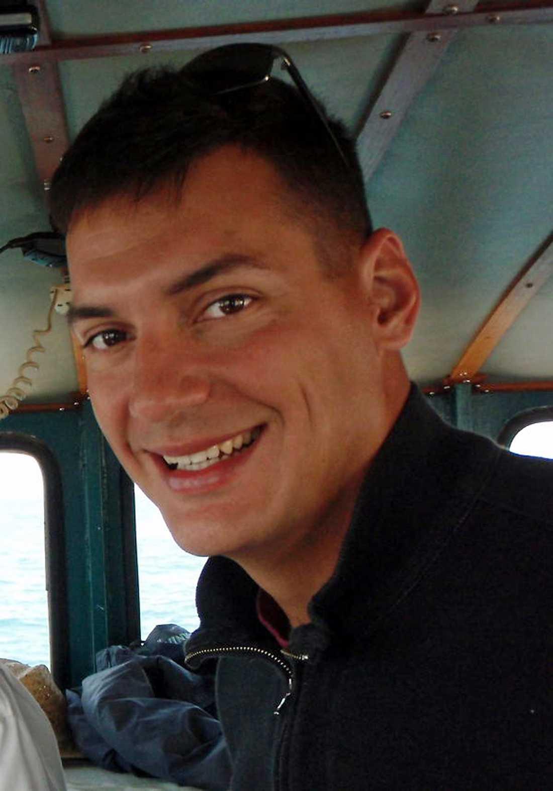 Austin Tice, frilansreporter med uppdrag för bland annat Washington Post kidnappades i augusti förra året. Han rapporterade från Damaskusområdet när han försvann. Regimen misstänks därför vara den som ligger bakom gripandet.