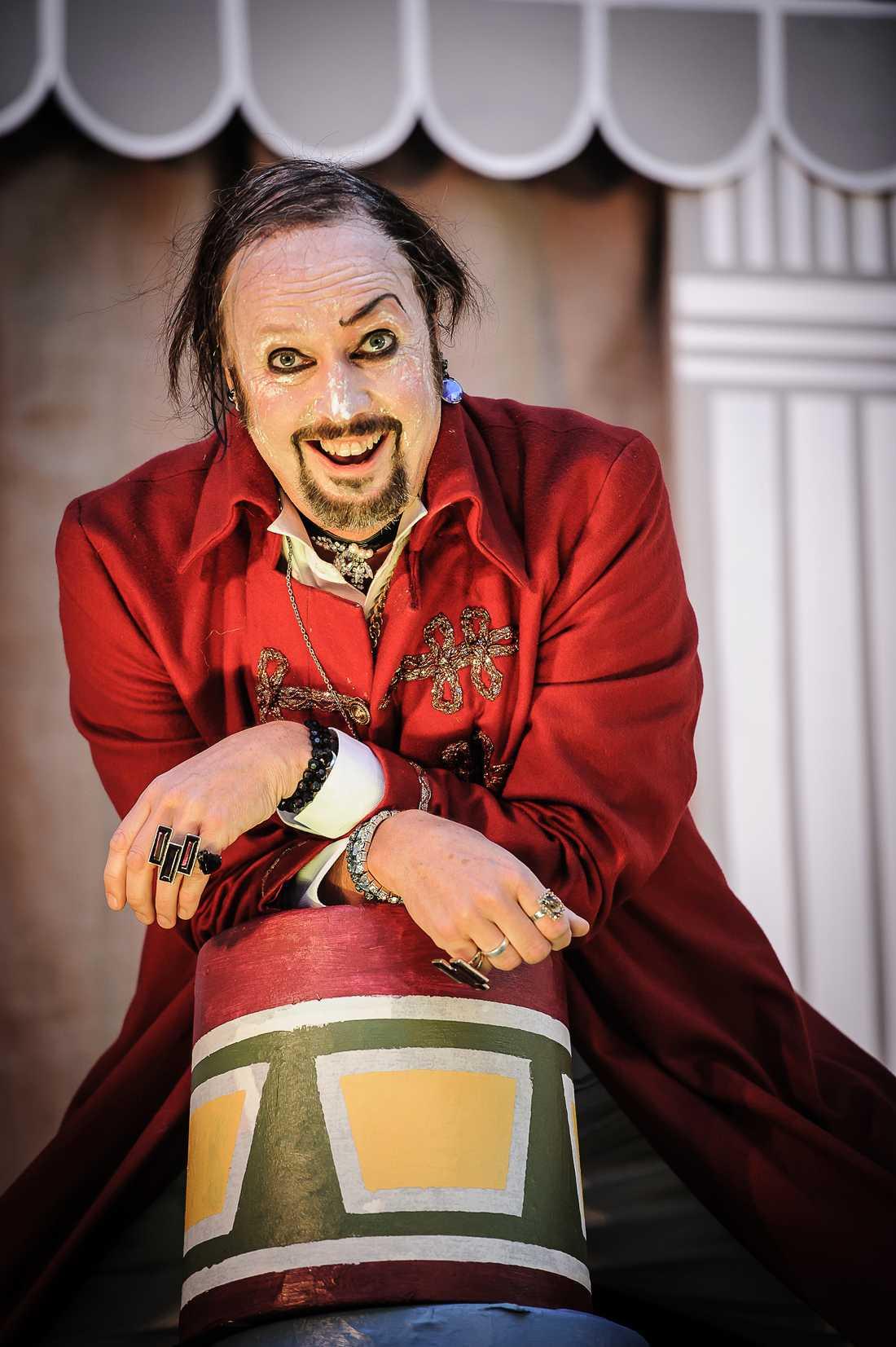 Lars Arvidsson som Falstaff. Foto: Martin Hellström.