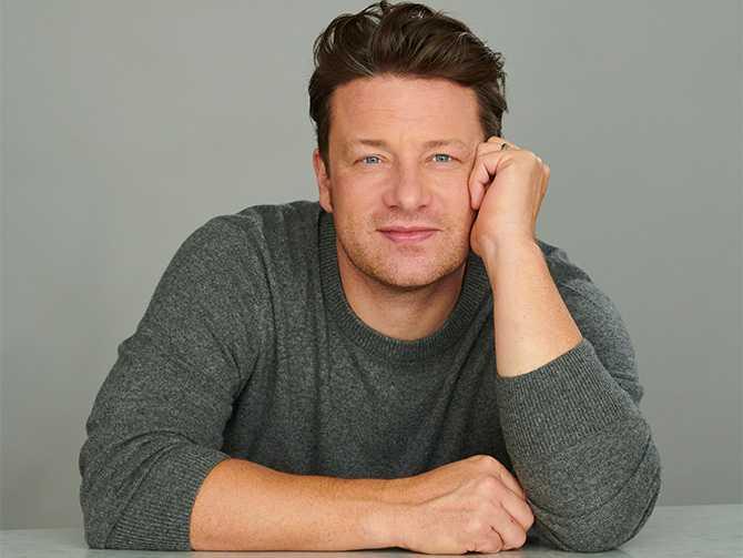 Vego och växtbaserat. Jamie Oliver hakar också på den gröna trenden.