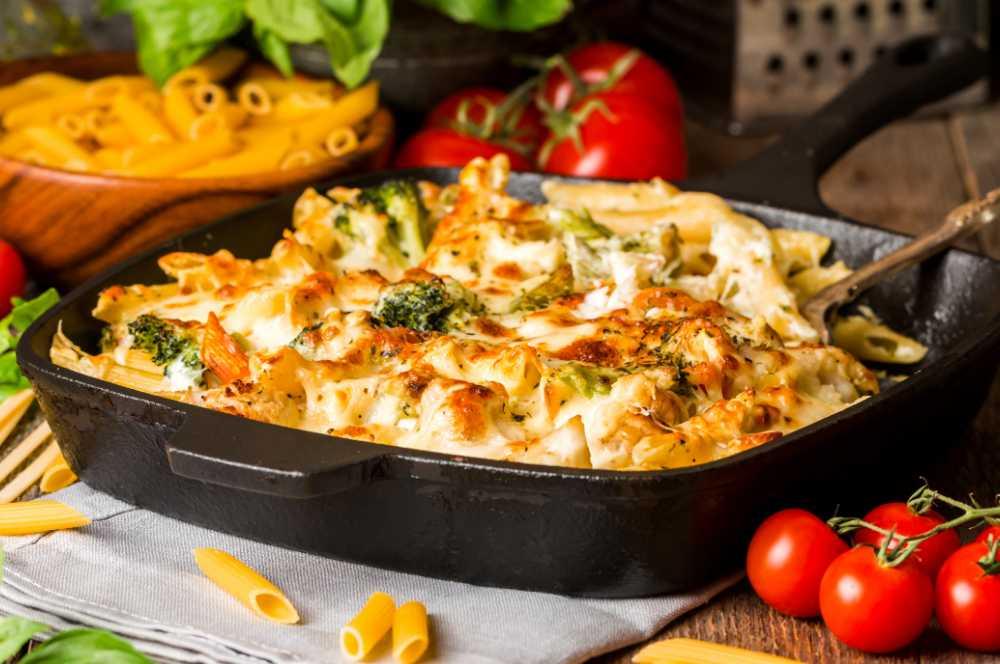 Gratäng med broccoloco och pasta