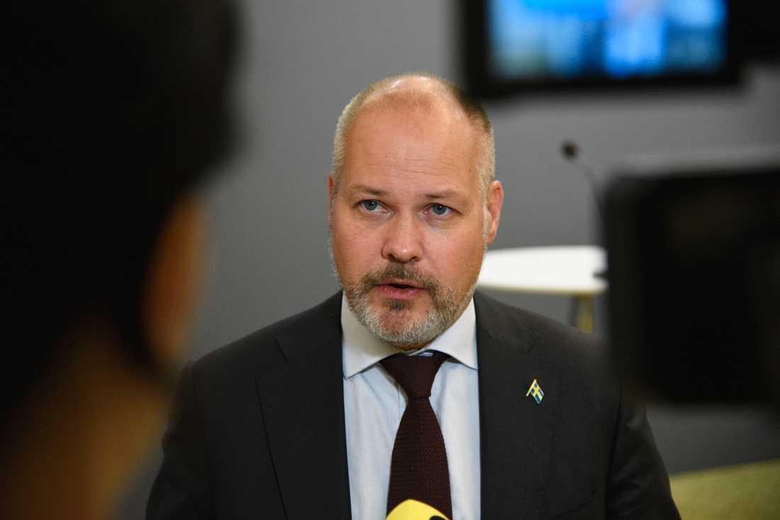 """""""Det är ytterligare ett verktyg för åklagare och polis när de ska utreda de här brotten"""", säger justitieminister Morgan Johansson."""